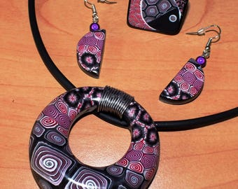 Necklace, ring and earrings swirls