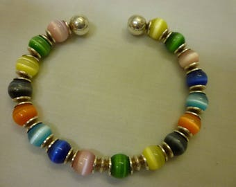 J31 Vintage Sterling Bracelet with Colorful Glass Beads.
