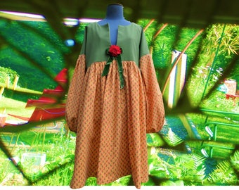 Loose-fitting dress gathered cotton and polyester, green and yellow flowers