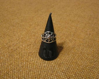 Delightful Early Vintage Silver Spider Ring 3.4 Grams.