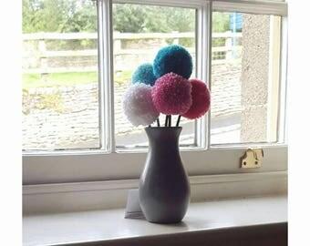 Flower arrangement, pompom flower, pompom decoration, gift for her, birthday gift, gift for mom
