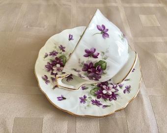 Aynsley Bone China England Violette Pattern