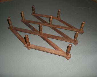 Vintage Wood 10 Peg Accordion Rack | Wood Expandable Folding Hanging Rack | Kitchen Cup Mug Organizer | Dog Leash Belt Jewelry Scarf Hanger