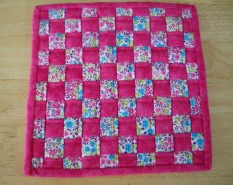 "Woven fabric potholder//Woven fabric trivet/Hot pink floral woven fabric potholder/trivet//8"" potholder/trivet//Hot pink floral trivet"