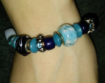 Skies of blue bracelet