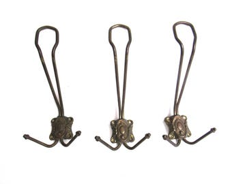 Set of 3 Wire Coat Hooks, Vintage Wall hooks, Hanger. #6A6G10EKF