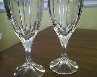 """Set of Two (2) Discontinued Mikasa """"Berkeley"""" Wine Glasses, Excellent"""