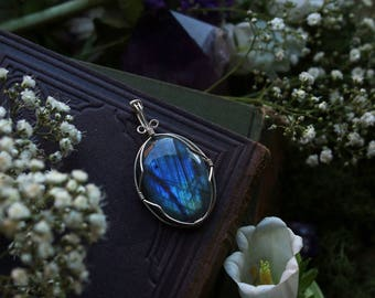 Blue Wire Wrapped Oval Labradorite Pendant