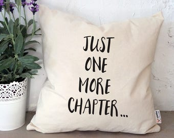 Harry Potter Reading pillow books throw pillow Graduation gift i like big books just one more chapter bed pillow harry potter pillow books