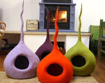 """Cat Cave """"Drop M"""" Medium Size, Cat Bed, Cat House, Pet Furniture. Hand-Felted, 100% Wool - MADE IN ITALY"""