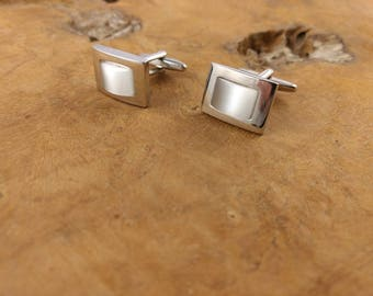 Vintage Cuff links - Faux Moonstone - White - Silvertone