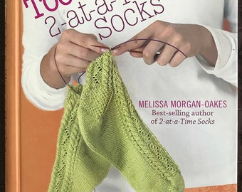 Toe-Up 2-at-a-Time Socks, Yet Another Revolution in Knitting, Book, Hardcover spiral