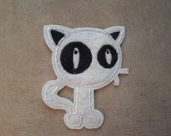 Fusible badge Patch cat white kawaii, fusible Applique, 8 x 7 cm