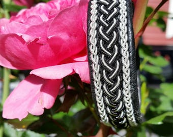 Swedish Sami Bracelet of pewter thread with 4 % silver, and reindeer leather - MICKI