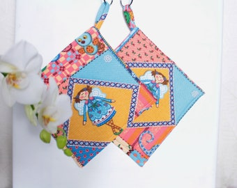 Kitchen gift potholders Country kitchen Gift for sister gift Cooking gift for daughter hot pad Fabric pot holders Kitchen pot holders
