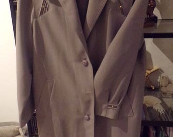Arielle trench coat 60 years old very elegant finish collar and sleeves vintage old