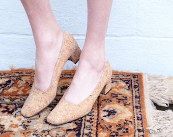 90s vintage cork kitten heels - size 7/7.5 US (narrow toe)