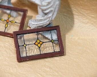 Dollhouse shabby stained glass window - Diamond
