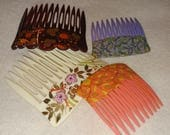 4 Vintage hair combs size 2-3 inches