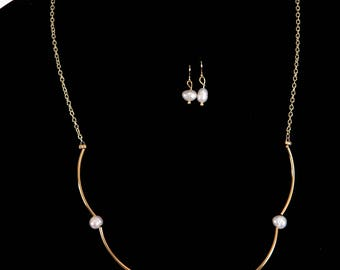 Gold and Pearl Jewelry set
