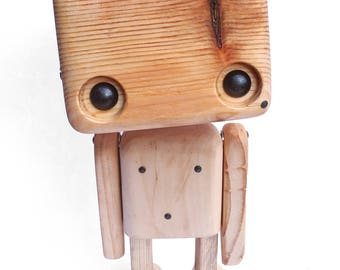 Reclaimed wood - the naked robot