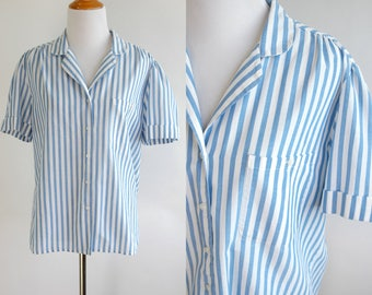 80s Light Blue and White Striped Button Up T Shirt - Light Cotton Short Sleeve T Shirt with Cuffed Sleeves and Breast Pocket - Medium Large