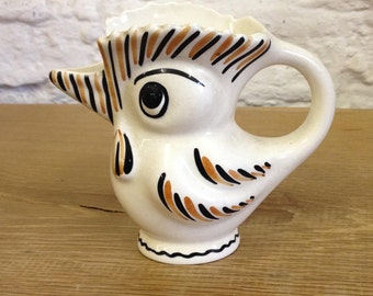 Vintage White Orange and Black Ceramic Glazed Parrot Bird Jug. Possibly Czechoslavakian   In Reasonable Condition. Nice quirky item.