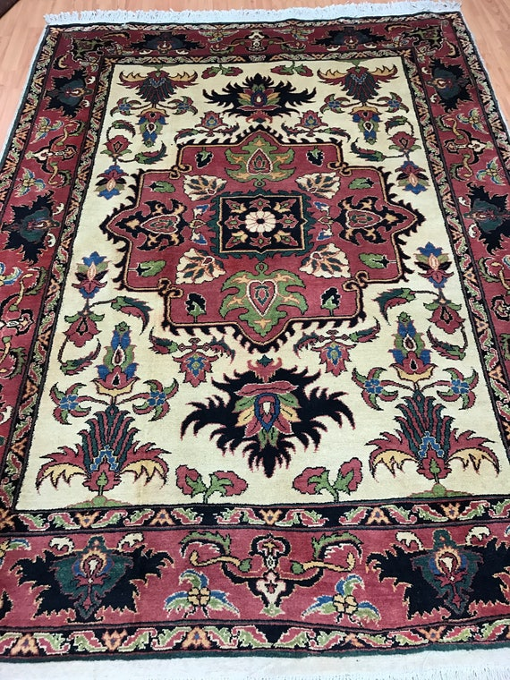 "5'7"" x 7'5"" Afghan Karghai Oriental Rug - Vegetable Dye - Hand Made - 100% Wool"
