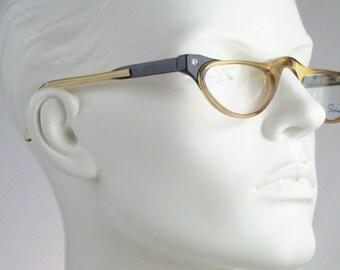 Saphira 4106 / Vintage 80s  Eyeglasses / N O S  / made in Germany    art. A