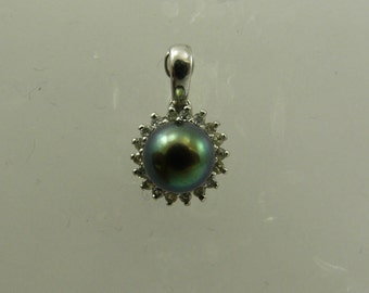 Freshwater Black 6.7 mm Pearl Pendant 14k White Gold with Diamonds 0.09ct