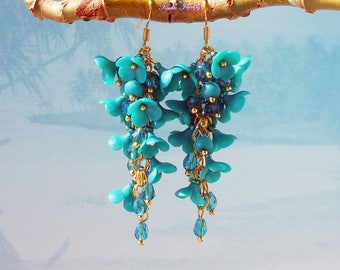 Turquoise Cluster Earrings Bridesmaid Jewelry Gift / Wedding Jewelry Bridesmaid long dangle earrings Gold Wedding jewelry Turquoise flowers