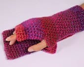 Fingerless gloves.  Croch...