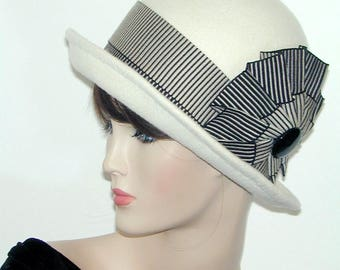 Convertible handmade wool bowler cloche - Miss Fisher, Downton Abbey, Gatsby hat
