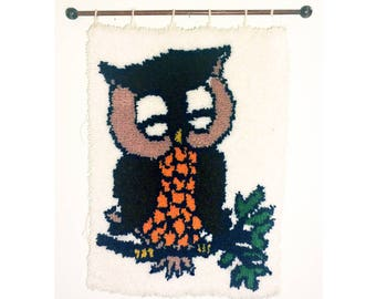 SALE** Vintage Owl Rug, Hooked, Handmade, Wall Art, Folk Art, Nature Bird Animal Cottage Country Decor Textile