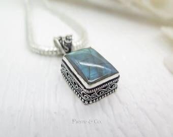 Petite Filigree Labradorite Sterling Silver Pendant and Chain