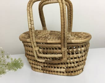 60's-70's Basket Purse