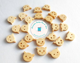 Cat face buttons - wooden buttons - wood buttons - cat buttons - buttons for sewing - quilting buttons - Cherry Chick