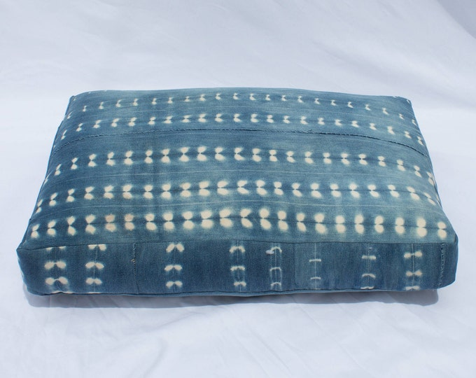 Indigo Shibori Pet Bed // Small // Bohemian mudcloth dog bed