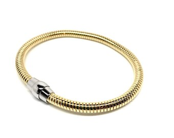 Women's jewellery Italian 925 Sterling Silver Bracelet Gold colour. Luxurious Gift box included, 8in and magnetic closure. Birthday Gifts
