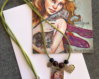Necklace + postcard In Love - Lovelypam Bibs
