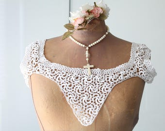Warmer white shoulders to the handmade crochet, vintage collar shoulder pads in ecru handmade crochet, early 20th century - COL160511 - accessory for wedding