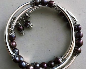 Eggplant Jablonex pearl and crystal memory wire bracelet
