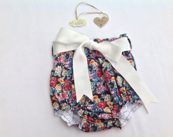 Baby nappy pants, high waist bloomers, girls diaper cover, lined nappy cover, shorts, toddler shorts, baby bloomers, girls outfit,  floral,