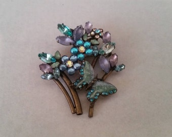 Beautiful Vintage Brooch in Aqua Blues