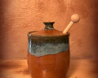 Pottery honey pot, honey jar, jam jar, agave pot, lidded jar, honey dipper