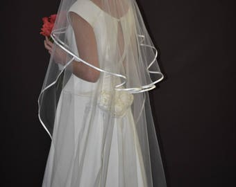 """Two-tier 30""""/75"""" Floor Length Oval Gather Center Top Wedding Veil  with 1/4"""" Folded Satin Ribbon Edge"""