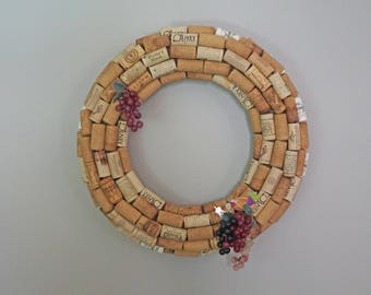 Cork Wreath, Wine Cork Wreath, Wine Wreath, Wreath With Grapes, Year Round Wreath, Wine Lovers Gift, Wine Gift, Wine Enthusiast