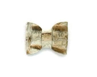 Alligator Clip Hair Bow, Genuine Leather, Hair Accessories, White Bow, Leather Bow, Hair Bow, Alligator Clip, White Leather Bow