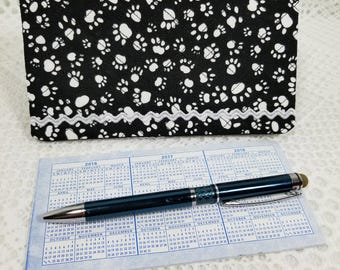 Paw Print Quilted Checkbook Cover, Back and White Checkbook Cover, Check Holder, Checkbook Holder, Checkbook Register, Checkbook Wallet