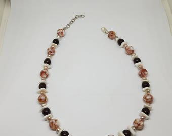 Pink and Brown Loose Choker Necklace